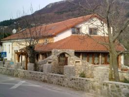 Hostel Roč